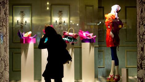 Wage worries feed German consumer jitters