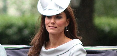 Probe begins over topless Kate pictures