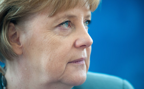 Merkel: stop worrying about Muslims