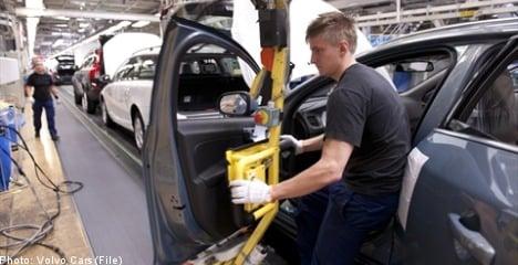 Volvo slashes consultant staff, pressures suppliers
