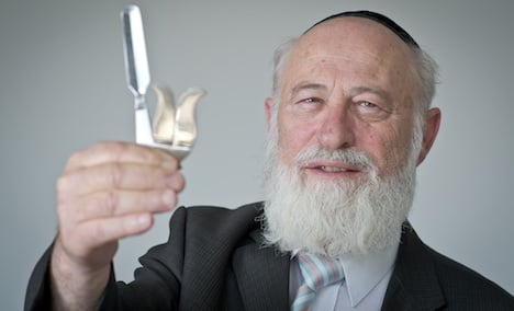 New law to set conditions on circumcision