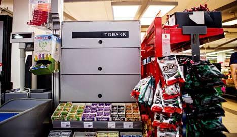 Norway wins cigarette display case
