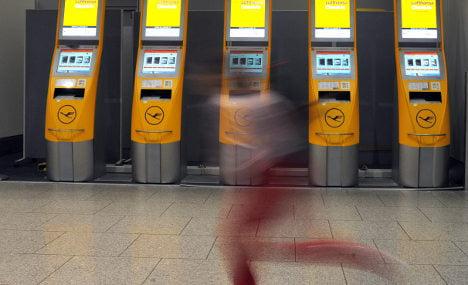 Strike grounds 100,000 Lufthansa passengers