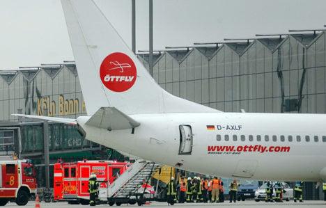 11 injured as smoke fills plane in Cologne