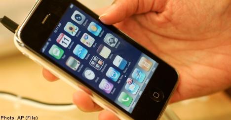 Sweden mulls law on kids' phone spending