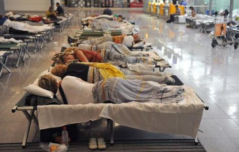 Lufthansa cancels 1,200 Friday flights
