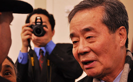 Dissident asks Swiss to push Beijing on rights