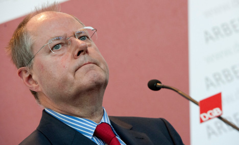 Transparency demands Steinbrück's income info