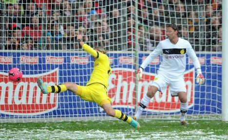 Win for Borussia boys unfazed by blizzard