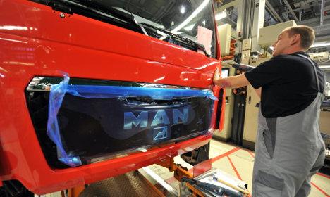Top German truck maker suspends production