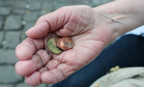 German seniors lose buying power