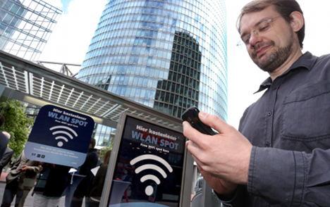 New hotspots offer free Wifi in central Berlin