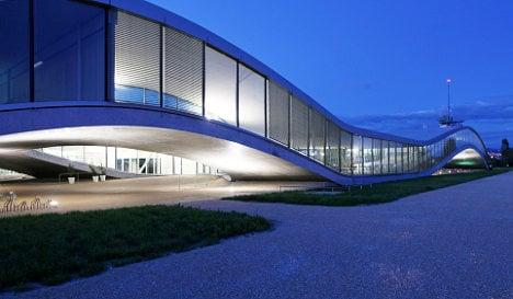 Lausanne uni slips up on Rolex centre paving