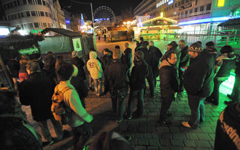 Duisburg shuts down for WWII bomb detonation