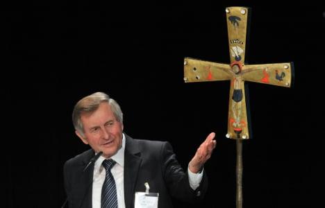 Leading Catholic: Let priests have sex