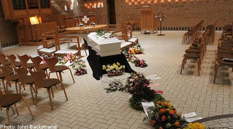 More Swedes choose to attend cremations