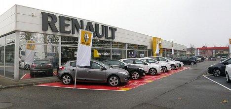 Car sales plummet – French brands worst hit