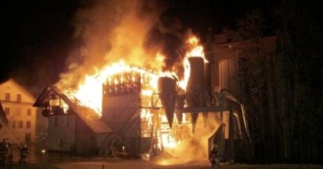 Fire destroys mill in Aargau village