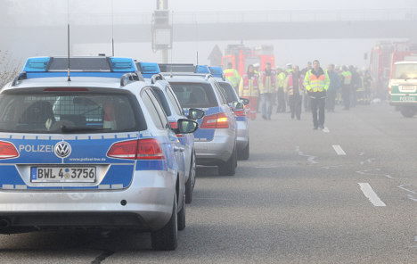 Six die in four-car autobahn pile-up