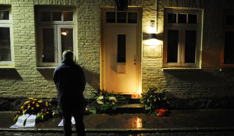 Neo-Nazi arson victims remembered 20 years on