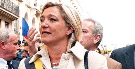 Hard-left militants attack National Front