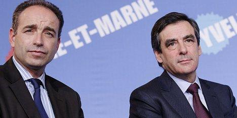 Copé and Fillon drop swords over election