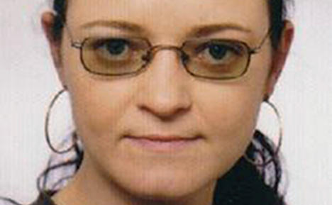 Neo-Nazi Zschäpe breaks silence in jail