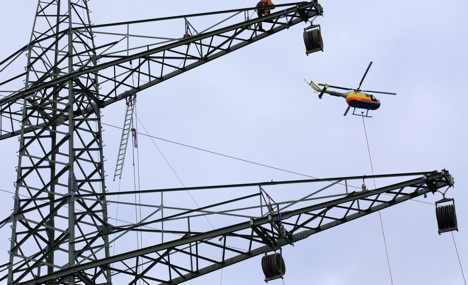 Minister reveals power line investment plan