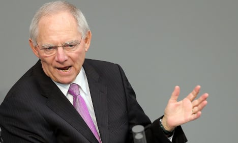 Schäuble: don't panic on French economy