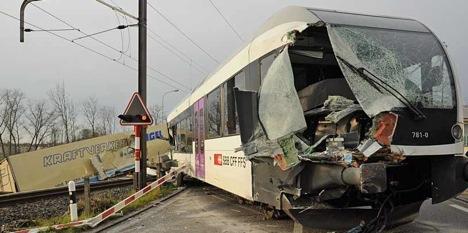 Truck on tracks derails Thurgau regional train