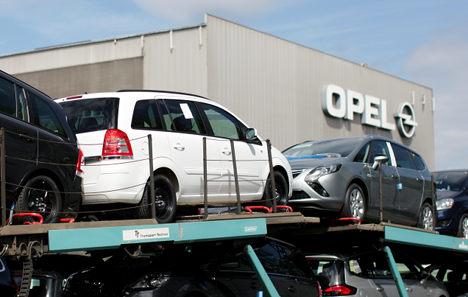 GM 'scraps Opel – Peugeot Citroen merger'