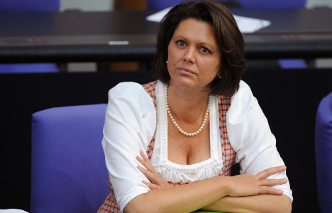 Ilse Aigner: Bavaria's dirndl-wearing 'dinosaur'
