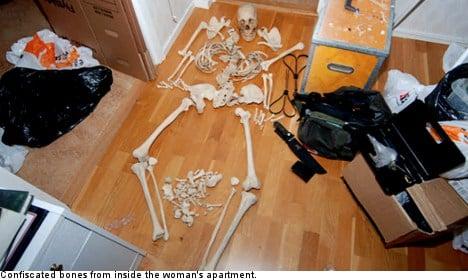 Skeleton lover denies 'sexual interest' in bones
