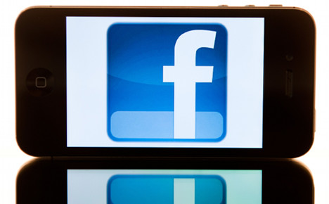 Data official attacks real name Facebook policy