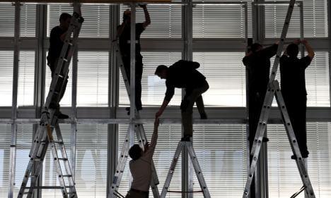 Bundesbank sees economy shrinking