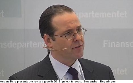 Sweden slashes 2013 growth forecast
