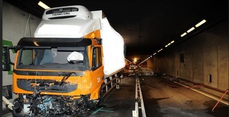 Gotthard road tunnel closed after fatal crash