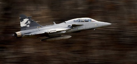 Swiss get Gripen jets for bargain: report