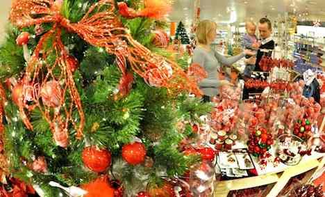 German investors feel surge of Christmas cheer