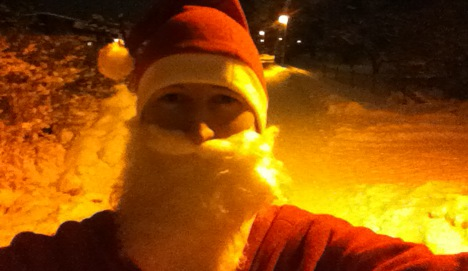Aussie stand-in Santa saves Christmas