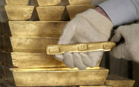 Germans hoarding mountains of gold