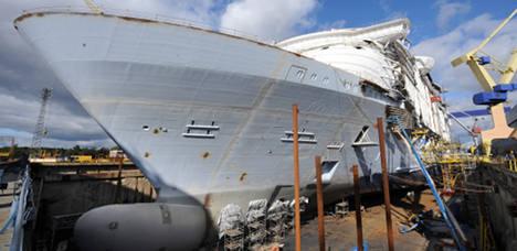 Big liner order saves ailing French shipyard