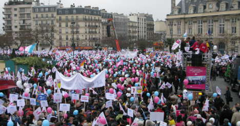 Anger as Paris mayor bills gay-marriage rally