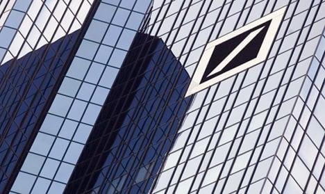 Deutsche Bank bleeds hefty losses