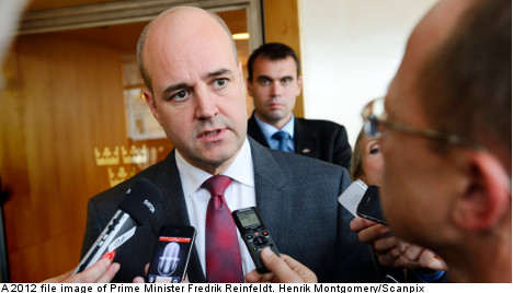 Reinfeldt irritated by Sweden's defence debate