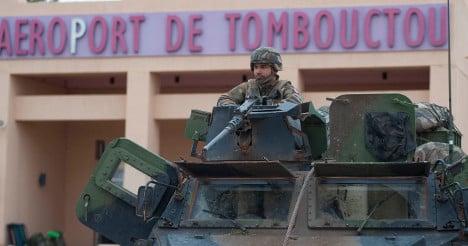 France calls for peace talks in Mali