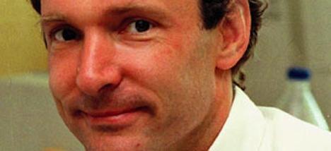 Internet pioneer warns of government meddling