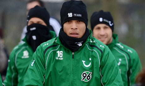 Hannover 96 bemused by Brazilian's missing 9 cm