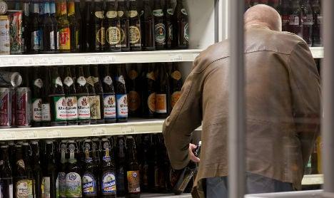 Dutch invade German borderlands for beer