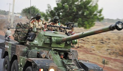 French troops close in on Mali Islamists
